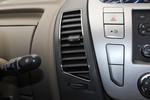 2014款 上汽大通V80 2.5T 商杰版长轴中顶