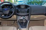 2015款 福特福克斯 三厢 1.6L 自动风尚型