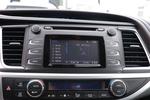 2018款 丰田汉兰达 2.0T 手自一体两驱精英版 5座