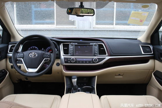2015款 丰田汉兰达 3.5L 四驱至尊版 7座