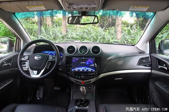 2015款 比亚迪S7 2.0TID 7座旗舰型