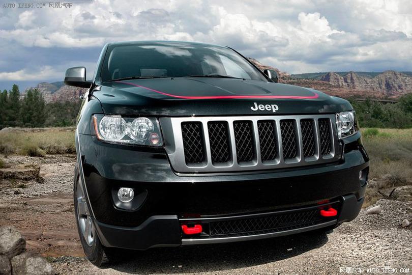 jeep大切诺基壁纸   大切诺基摄影图__交通工具   全新jeep高清图片