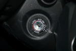 2013款 起亚佳乐 2.0L 自动标准版 5座