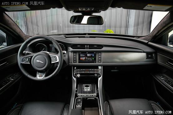 2016款 捷豹XF 3.0T 两驱R-Sport运动版