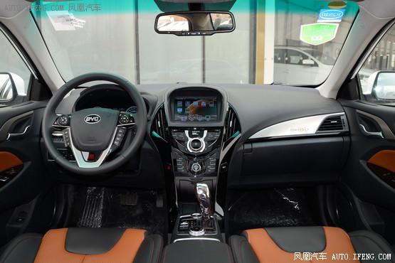 2016款 比亚迪秦 EV300 尊荣型
