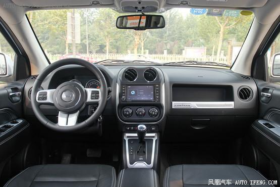 2014款 Jeep指南者 2.4L 四驱豪华导航版