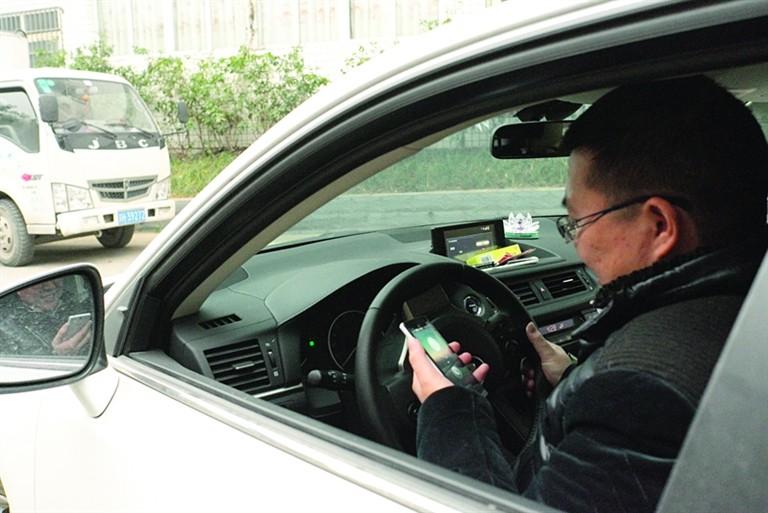 明年这两项新法规 将直接影响你买车开车!