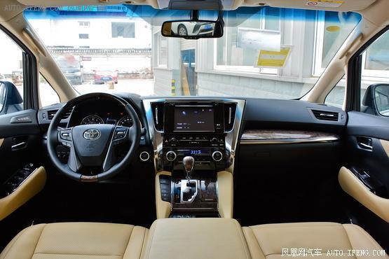 2018款 丰田埃尔法 改款 3.5L 尊贵版
